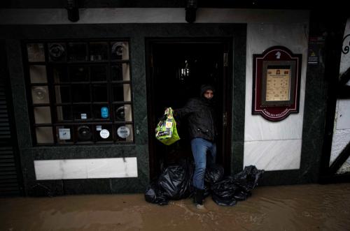 Inundações em Cascais por causa do mau tempo